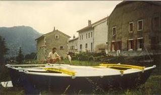 Tiki 21 finitions dans le Jura
