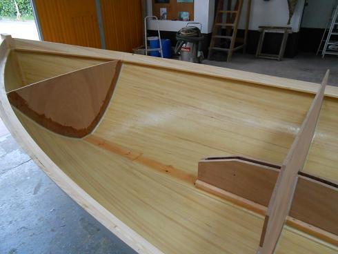 Lugger 6 m - détail strat intérieure